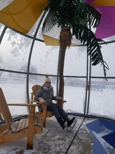"My favorite warming hut ""Bubble Beach"""