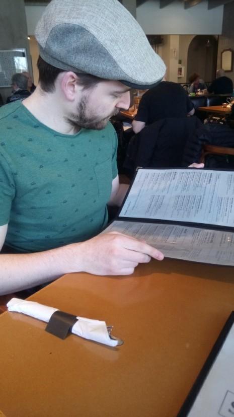 reading menu